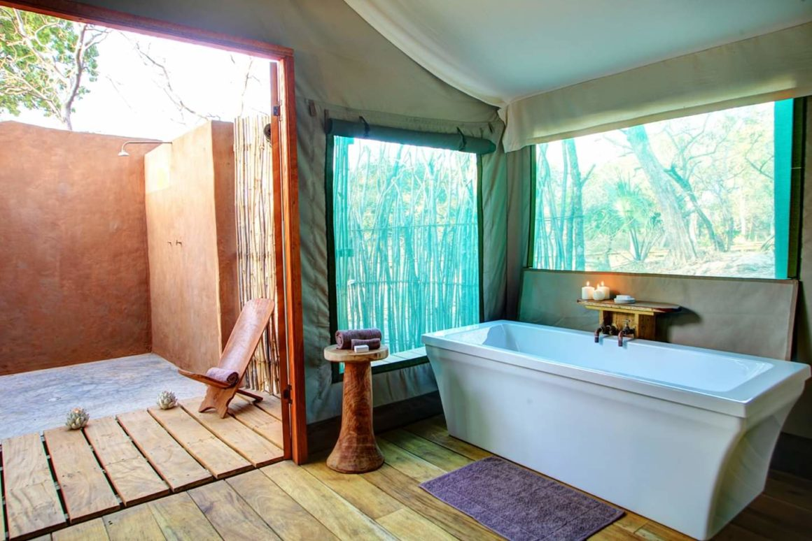 Fathala safari tented suite bathroom