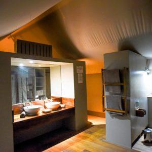 Luxury tented safari bathroom