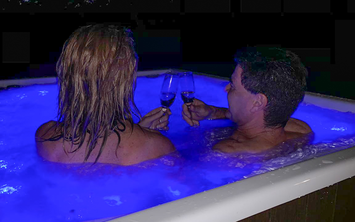 Fathala Jacuzzi Deluxe Tented Suites 2